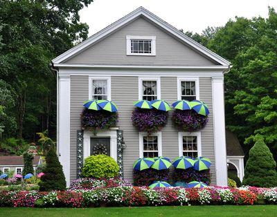 Flower-house1-sm